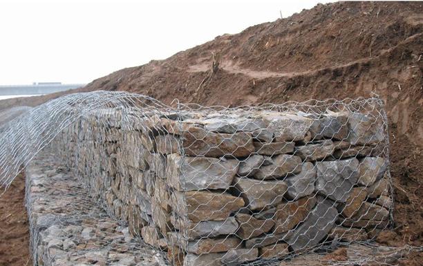 铅丝石笼网箱工程施工结构展示
